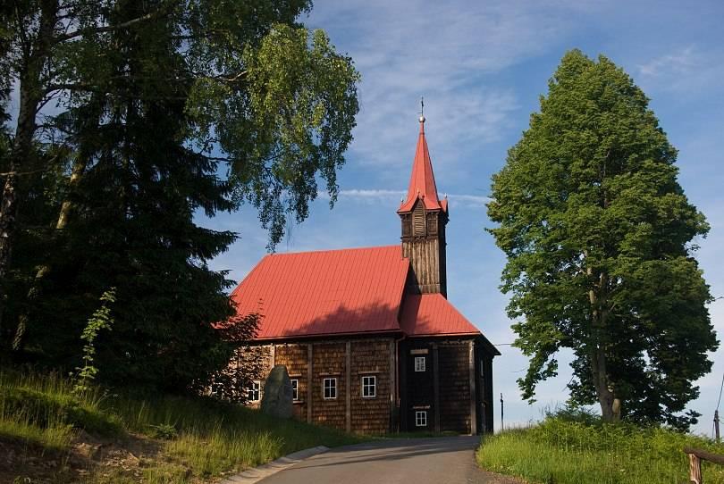 Dřevěný kostelík na Gruni